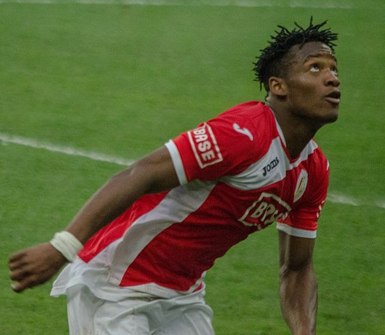 Michy Batshuayi, pictured here during his time with Standard Liege, has been linked with Spurs. (Image by bobo_300)