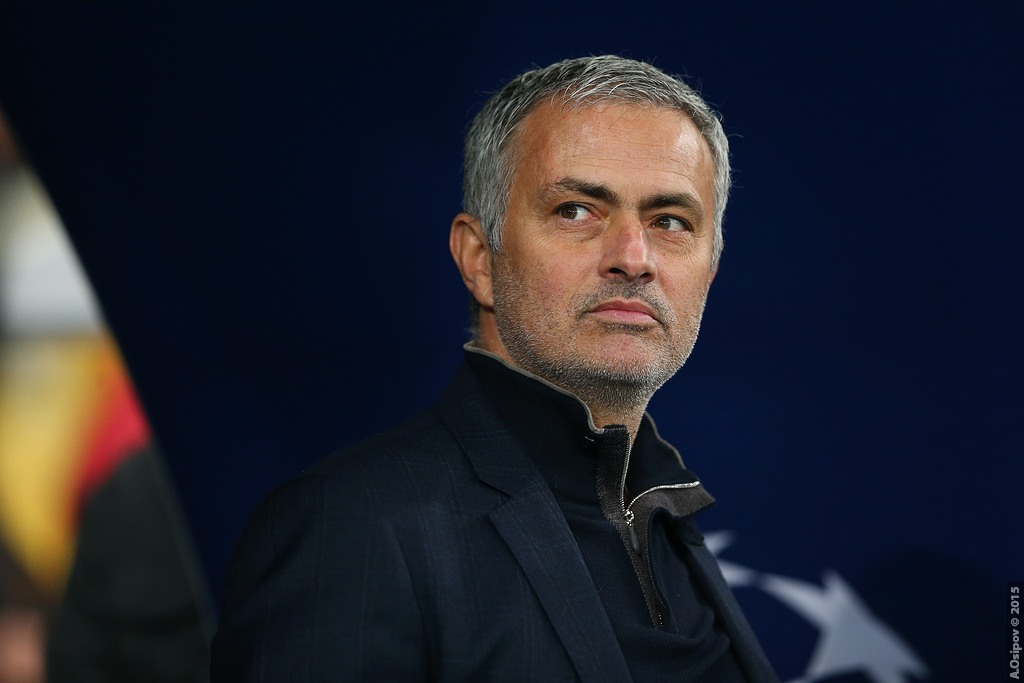 Are Cracks Beginning To Show At Jose Mourinho's Manchester United?