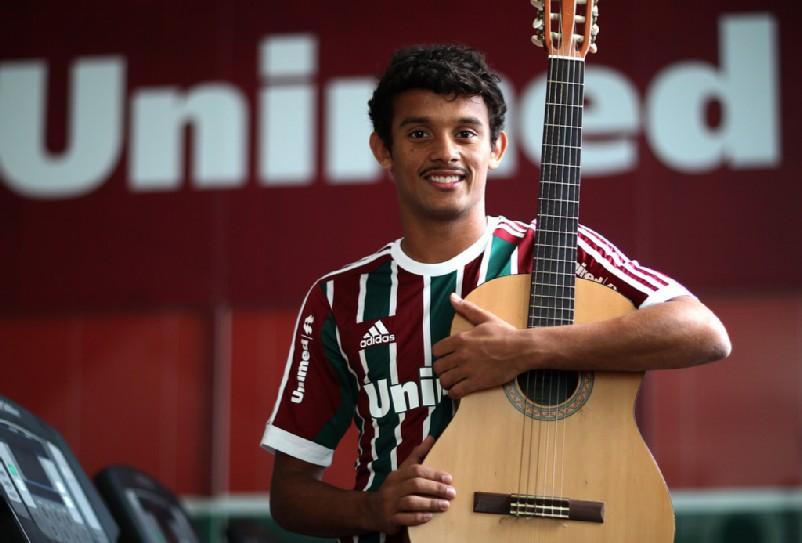 Gustavo Scarpa – Fluminense's Shooting Star of Rio