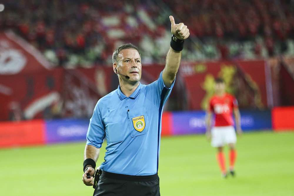 Clattenburg On Var After Sheffield United Error It S A Flawed Mentality And A Flawed System