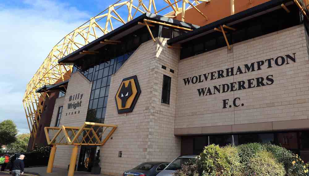 Wolves In The 90s: A Tale Of Recurring Frustration