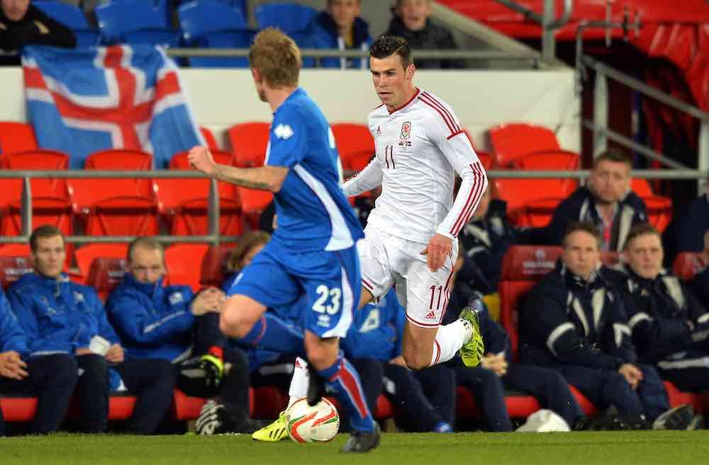 Ari Skulason Gareth Bale Iceland Wales