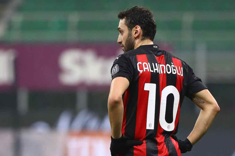 Hakan Çalhanoğlu Impressing For Table-Topping Milan As Contract Talks Continue